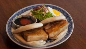 Fatty Crab introduces all-you-can-eat steamed buns